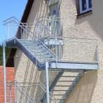 Klassische Brandschutztreppe in verzinkter Ausführung