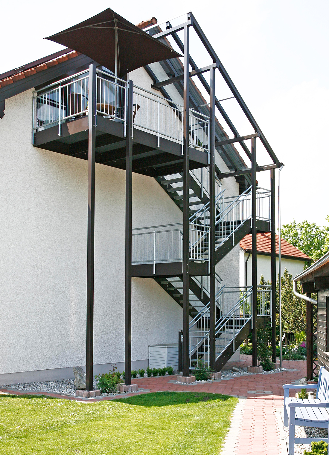 Perfekt Gartentreppe Holz Fotos Von Wohndesign Design