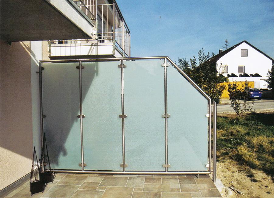 sichtschutz attraktive l sungen f r balkon terrasse. Black Bedroom Furniture Sets. Home Design Ideas