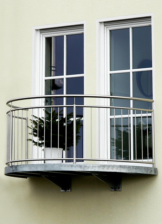 individuelle balkone berdachungen kliegl treppenbau. Black Bedroom Furniture Sets. Home Design Ideas