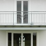 Balkon in verzinktem Stahl und Edelstahlkombinationen