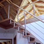 Gerade Treppe in Eiche mit Austrittspodest