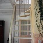 Treppe in Ahorn mit Außengländer